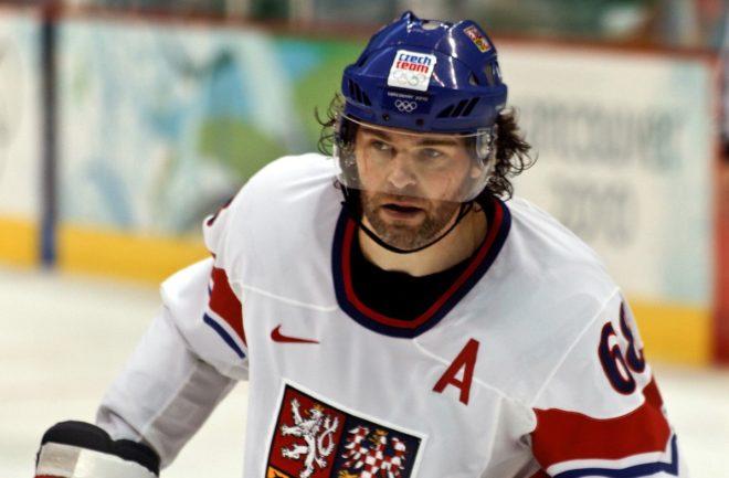 Чех Яромир Ягр оказался вторым хоккеистом в НХЛ, набравшим 1900 очков