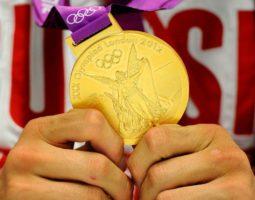 Легкоатлеты, не пожелавшие вернуть медали, останутся за бортом российской сборной