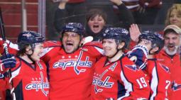 «Вашингтон» одержал победу над «Айлендерсом» в матче НХЛ, Кузнецов отдал две передачи и травмировался